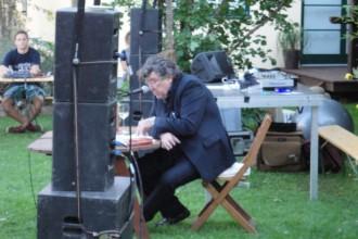 Peter Patzak liest beim Höfefest